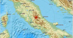 Центр Италии 18 января сотрясло мощное землетрясение