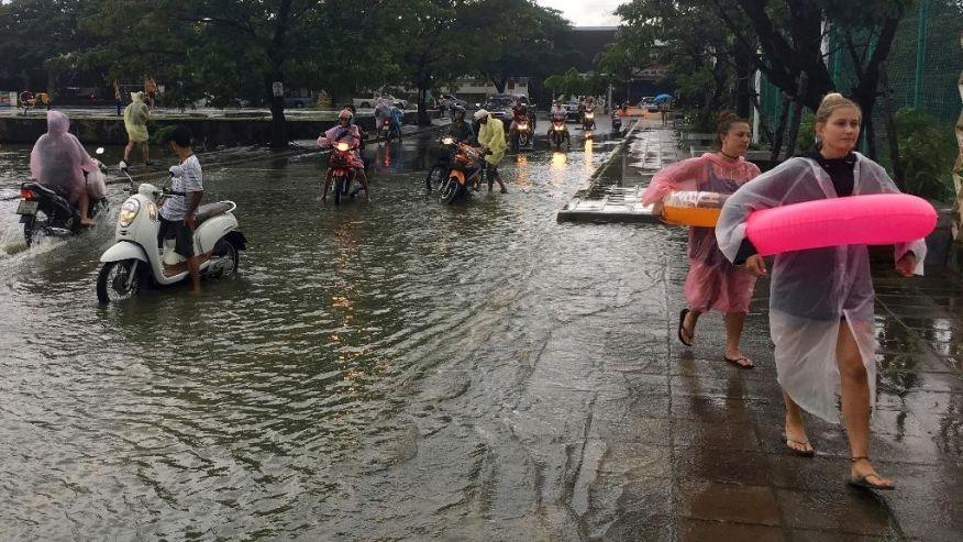 в Таиланде наводнения забрали жизни 25 человек