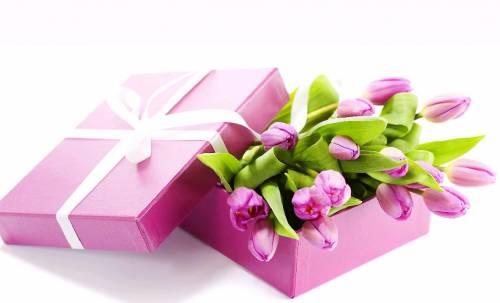 Что подарить своим любимым женщинам на 8 марта