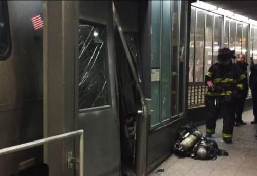 Трагедия в Бруклине. Поезд сошел с рельсов, есть пострадавшие