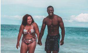 «Муж-атлет любит каждую мою растяжку»: бодипозитивная женщина ответила критикам в соцсетях