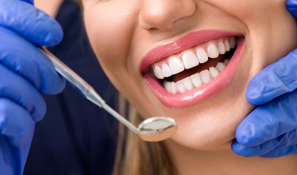 Экспресс имплантация зубов Киев