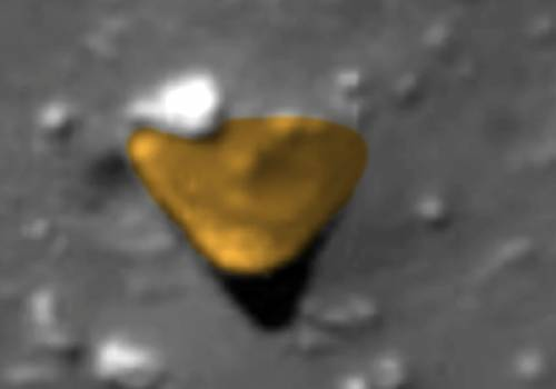 Разбившееся НЛО найдено на Луне в кратере Райдер